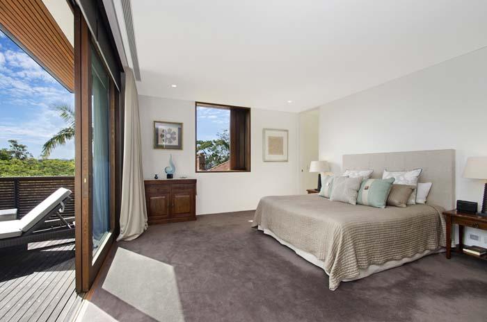 _DSC0949 Master bedroom